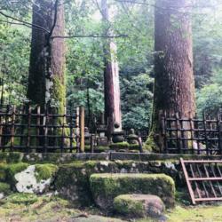 阿波内侍の墓